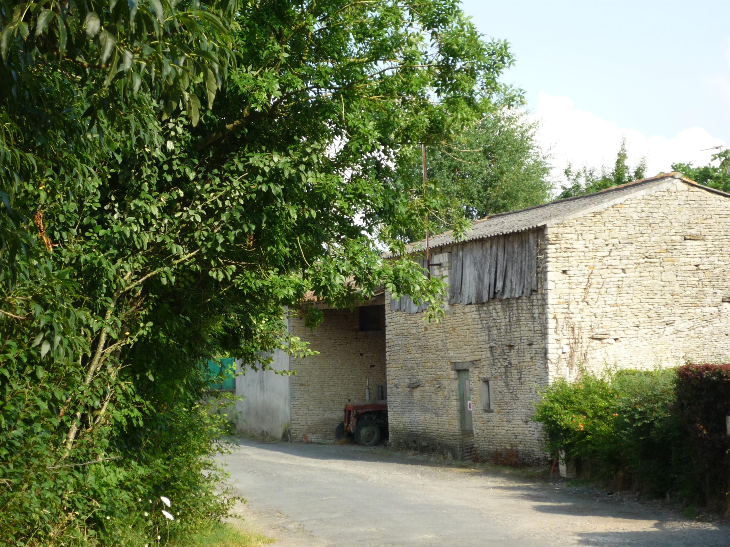 Villages-rues de la Rivière et de Monfaucon Saint-Hilaire-la-Palud