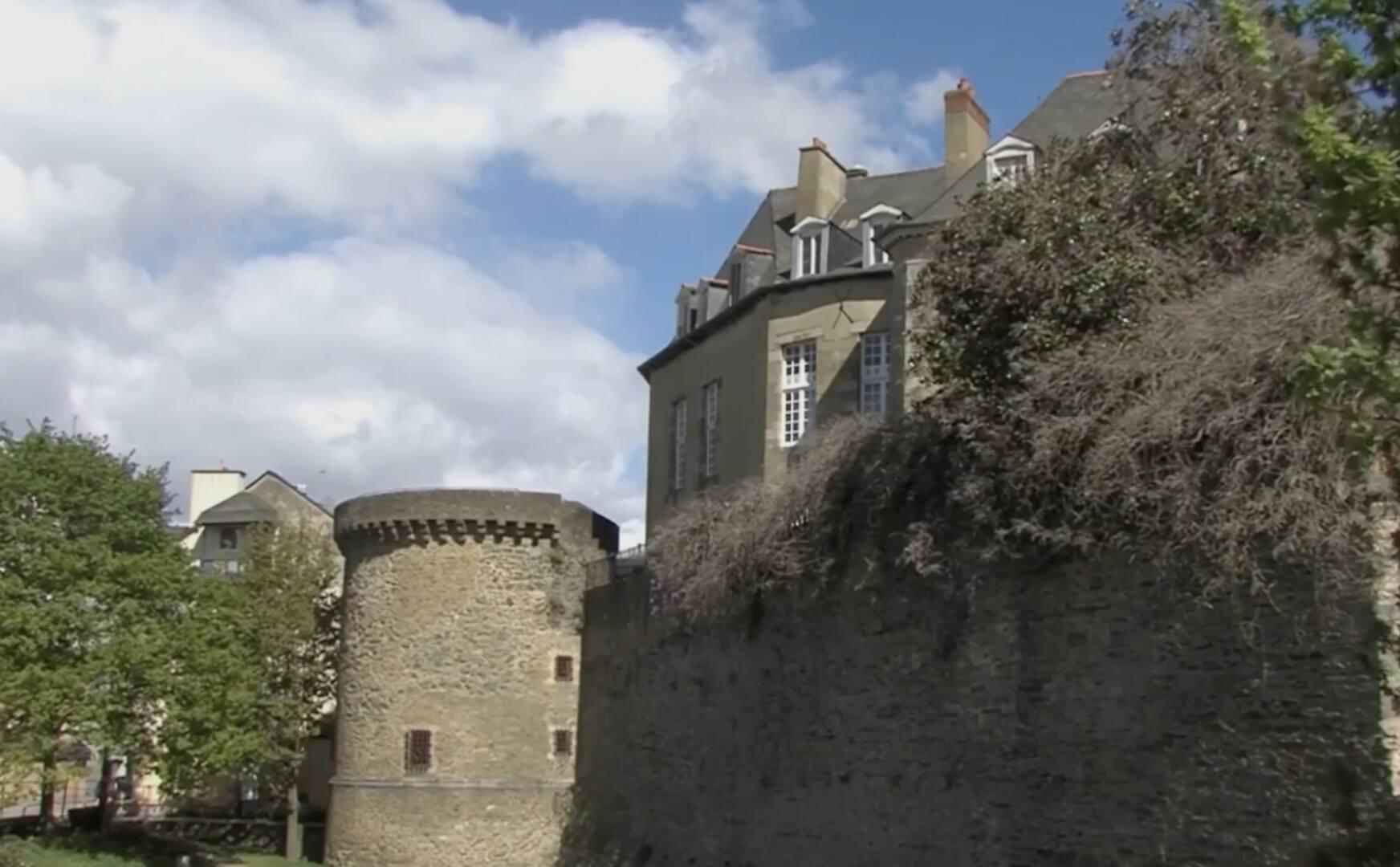 RENNES. L'HÔTEL D'ARTILLERIE CHERCHE ACQUÉREUR