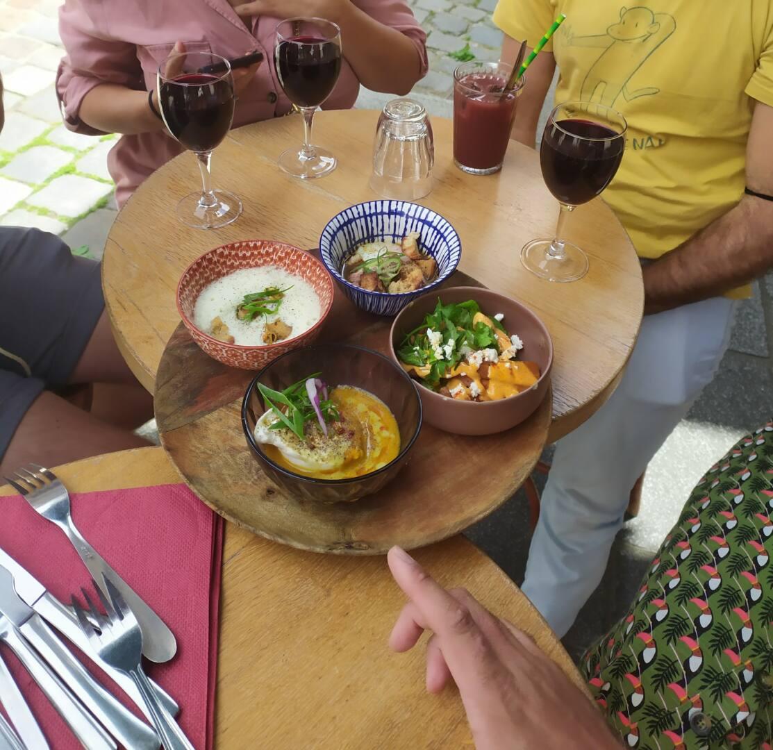food mood tour