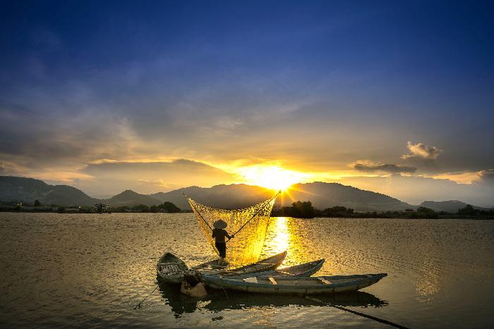 Mekong - Au fil d'un fleuve mythique péniche spectacle Rennes