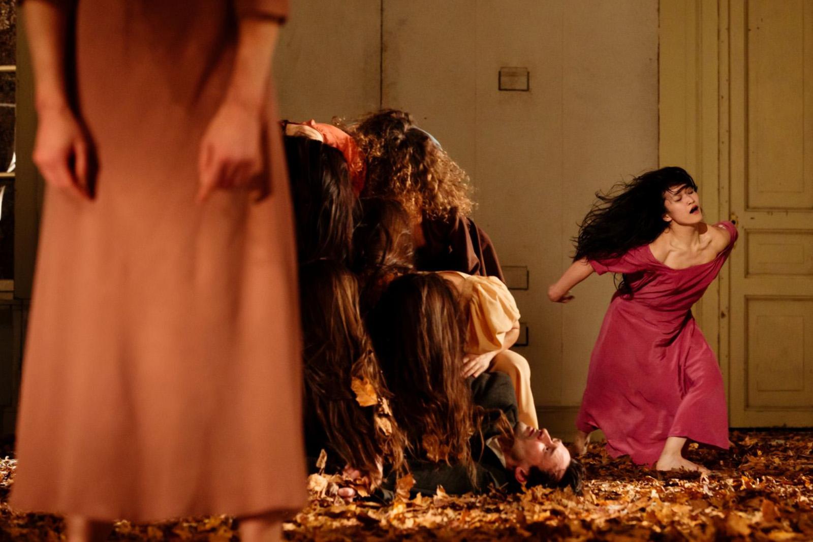 PINA BAUSCH / Tanztheater Wuppertal Théâtre du Châtelet Paris