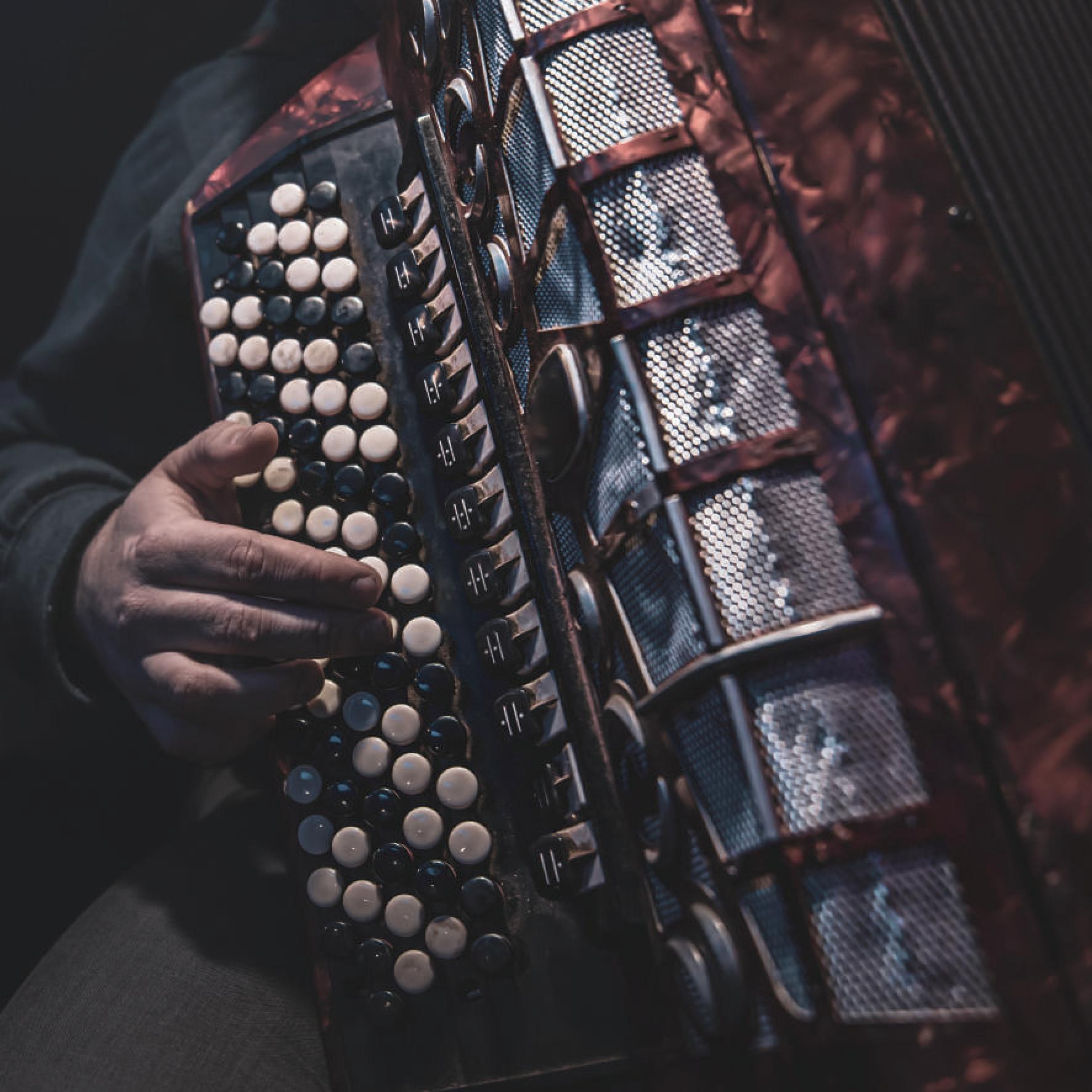 SOUS LE SIGNE DE LA DANSE – ENSEMBLE ORCHESTRAL ÉPINAL LA BELLE IMAGE Padoux