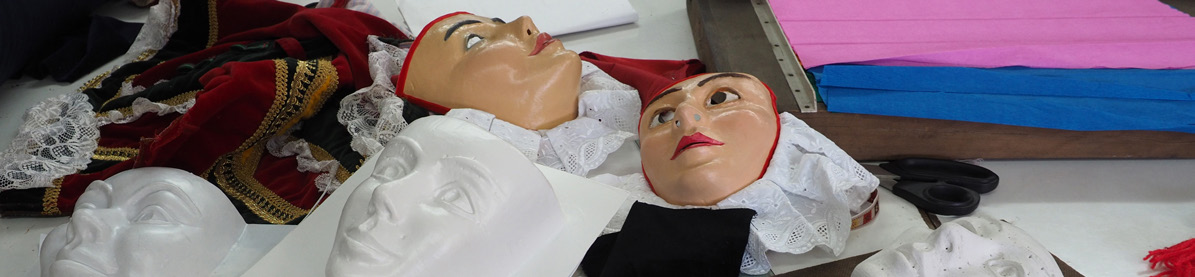 expo masques vitré